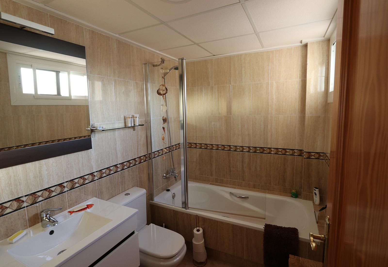 CA bath2 1