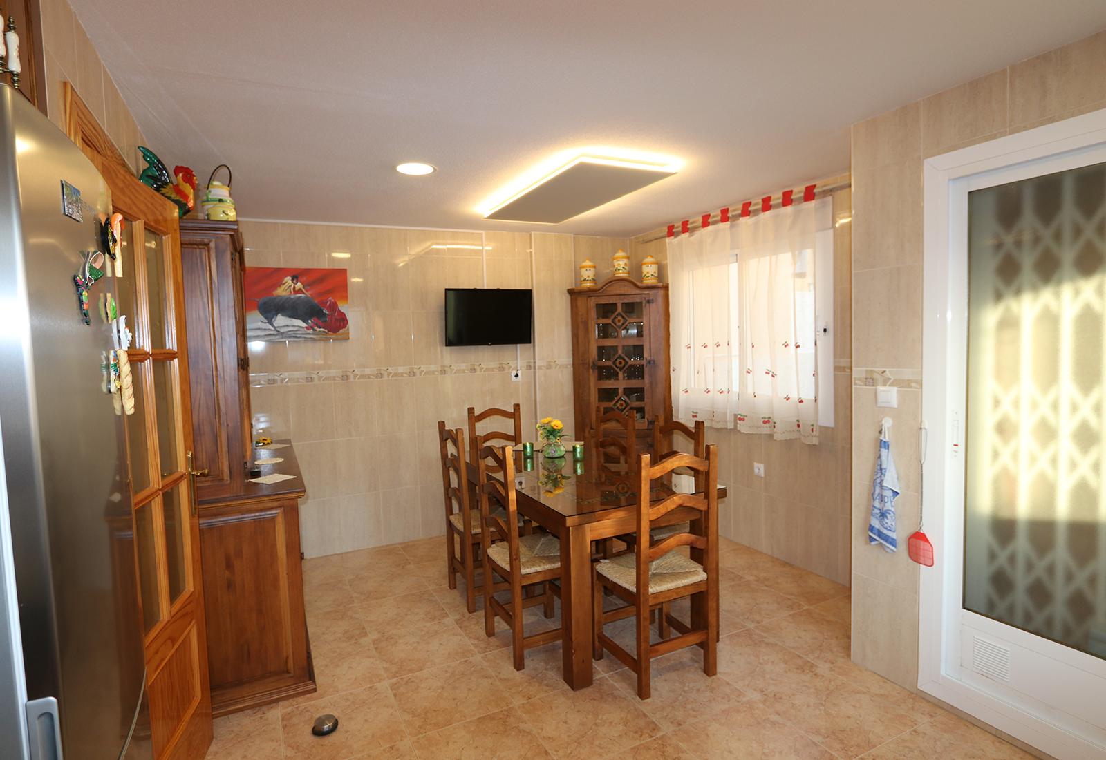 CA kitchen 1